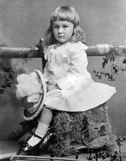 Franklin Roosevelt around 3 years old (Image from Smithsonian)